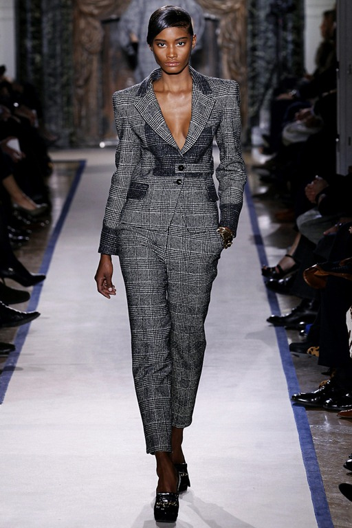 Wearable Trends: Yves Saint Laurent RTW Fall 2011, Paris
